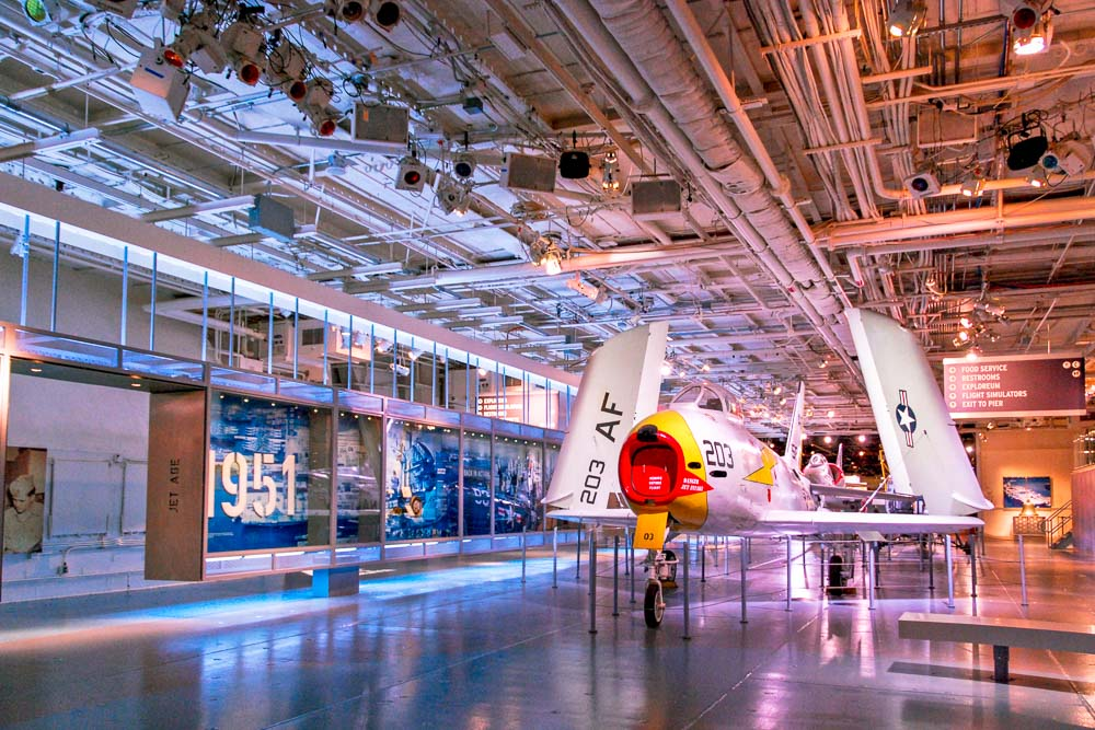 Display Dynamics - Intrepid Sea, Air and Space Museum